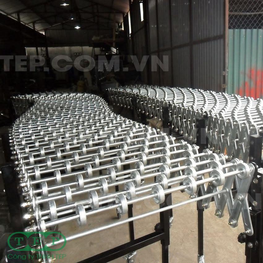 Dàn con lăn xếp có bánh xe - Potables roller conveyor