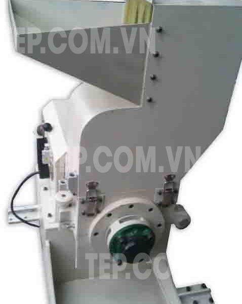 Máy cắt mút - Foam Cutting Machine
